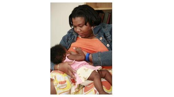 12 Organizations Supporting & Celebrating Black Moms Breastfeeding